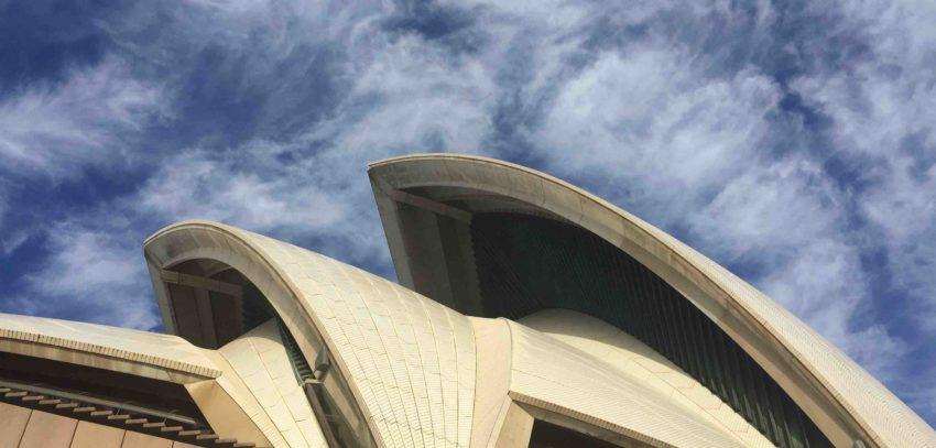 Sydney opera house under blue sky